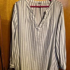 Old Navy half button stripped blouse